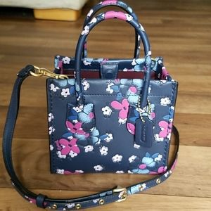 Coach Cashin Carry Tote 14 Blocked Floral / Blue